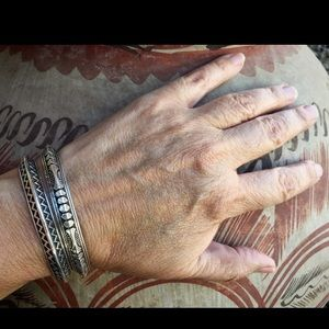 Vintage Navajo Sterling Carinated Cuff Bracelet